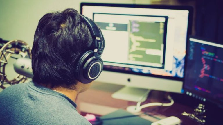 App Development Outsourcing: The Definitive Guide