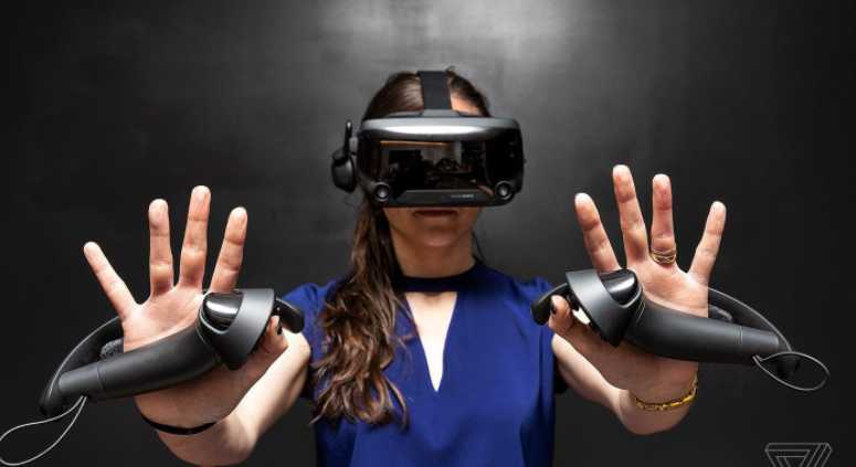 What Is an Immersive Experience? (With 5 Examples) 4